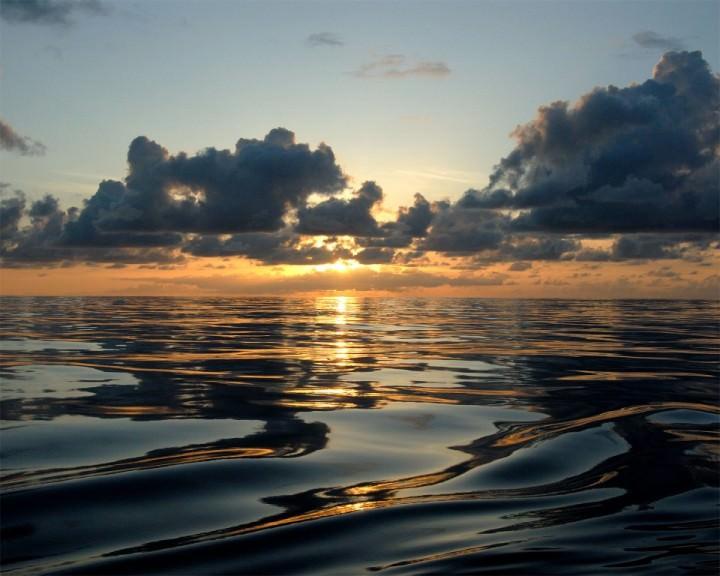 kure-atoll-sunset